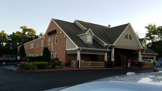 Baymont by Wyndham Indianapolis Northwest: BEST WESTERN Country Suites