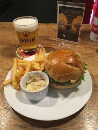 Marilia, SP : Hambúrguer's Artesanais muito bom