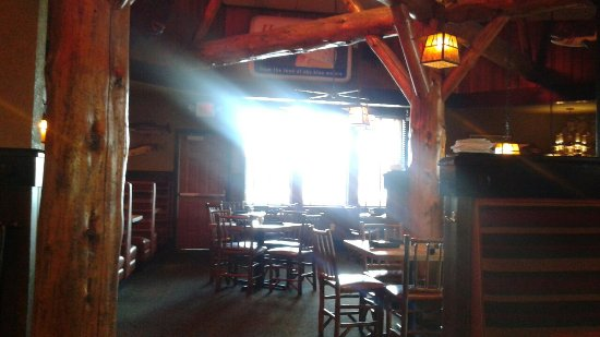 Brainerd, MN: Grizzly's Grill and Saloon