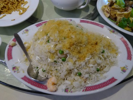 Burnaby, Kanada: Seafood fried rice with dried scallops & egg white