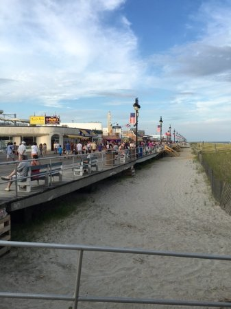 Ocean City Boardwalk: Boardwalk view