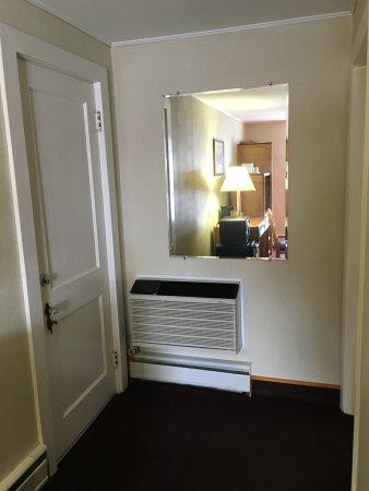 Royalty Inn: photo3.jpg
