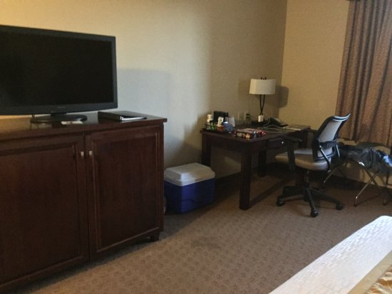 River Falls, WI: View to TV and desk