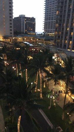 Wyndham at Waikiki Beach Walk: photo3.jpg