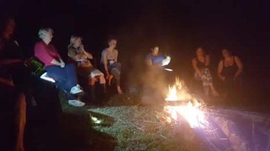 Canungra, Australia: A camp fire with friends