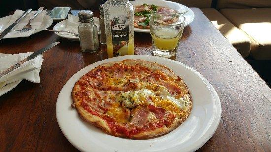 La Pizza Trattoria: 20160718_051723_large.jpg
