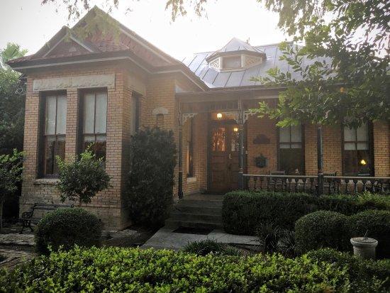Noble Inns - The Jackson House: photo0.jpg
