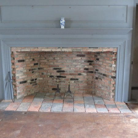 Little Falls, Estado de Nueva York: Upstairs fireplace