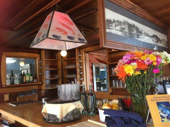 Halibut Cove, AK: Great hideaway restaurant
