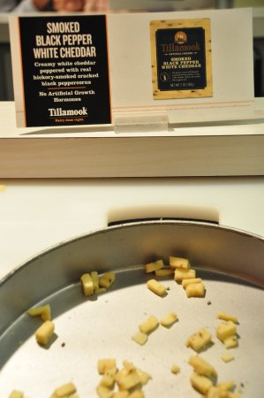 Tillamook, OR: Smoked black pepper white cheddar cheese samples