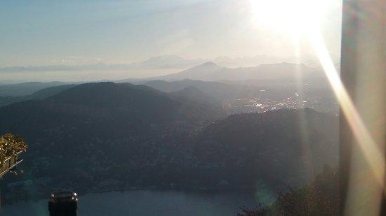 Brunate, Italie : 20160717_200546_large.jpg