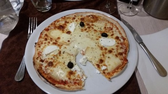 Le Lude, Frankrike: Pizza 3 fromages