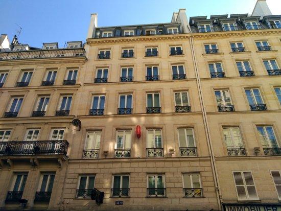 Chambre Triple New Coquelicot Foto Di Ibis Paris Grands