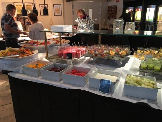 Stjordal Municipality, Νορβηγία: Fantastisk god frokost og hyggelig betjening!