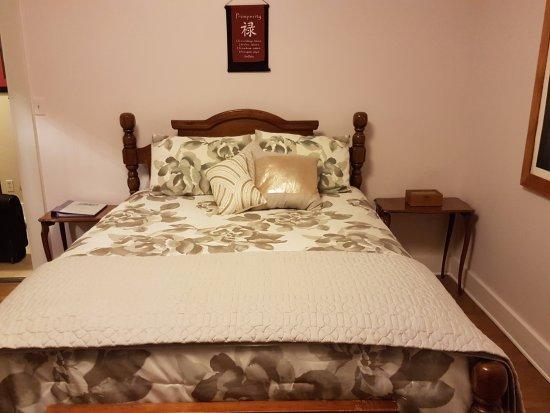 Ashford, WA: Trillium Suite bed - A little noisy when moving