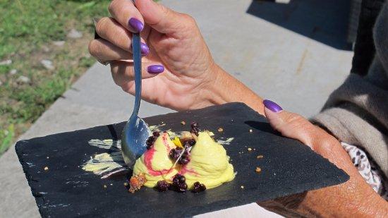 Klintehamn, İsveç: SaffranMascapone dessert