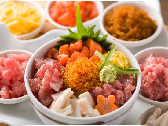 Premier Hotel -CABIN- Sapporo: 【朝食】2016年6月より勝手丼、はじめました!お好きな具を選んで、自分だけのオリジナル丼ぶりをお楽しみください♪