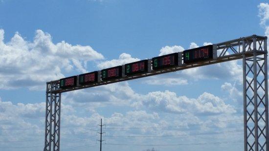 Pflugerville, Teksas: Reef Racers