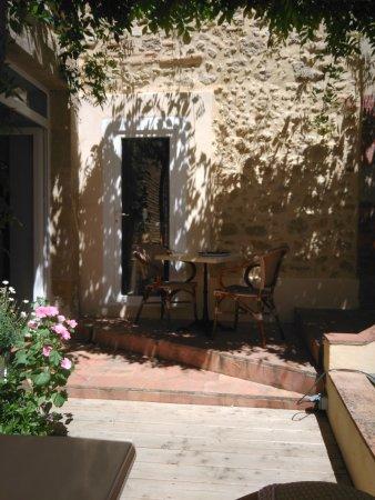 Mirande, França: La terasse
