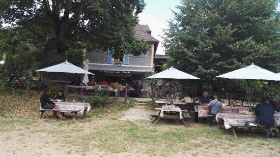 Saint-Leon-sur-Vezere, Francia: Restaurant