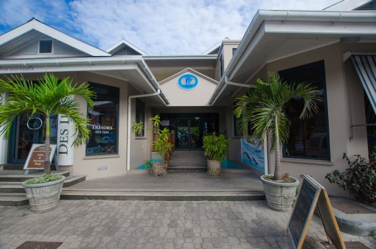 Anse Royale, Seychelles: restaurant entrance from street