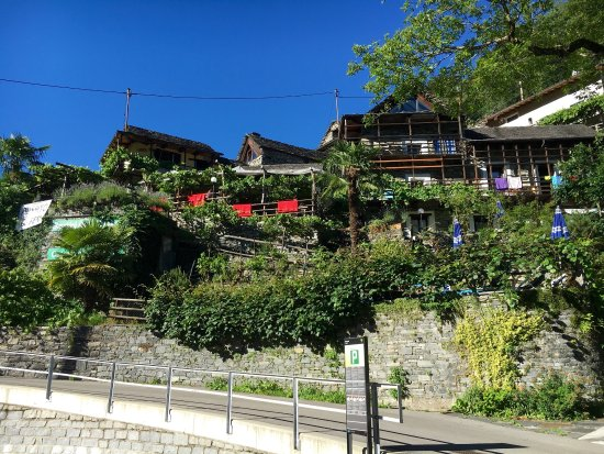 Vogorno, Schweiz: Feriendorf Rustici della Verzasca
