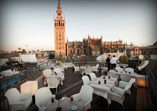 Afterwork o sobremesa en la terraza de eme bild fr n la - Terraza hotel eme ...