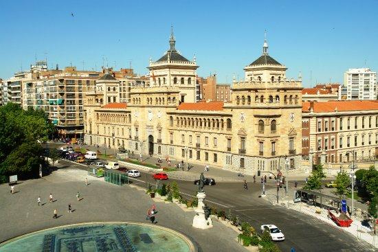 panoramica plaza Zorrilla y Ac...