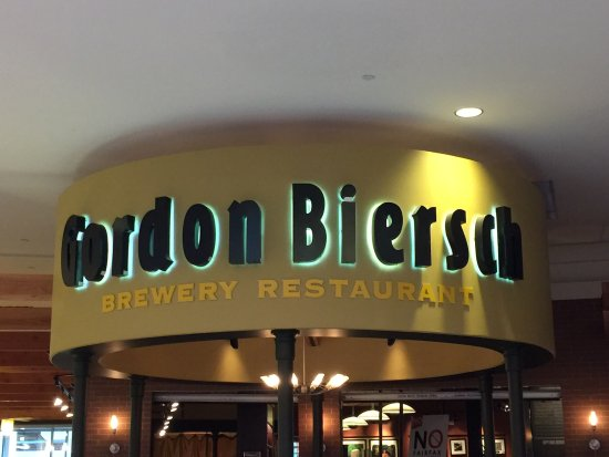 Gordon Biersch Restaurant Brewery
