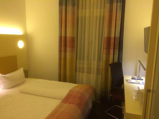 Exe Hotel Klee Berlin: Decent room