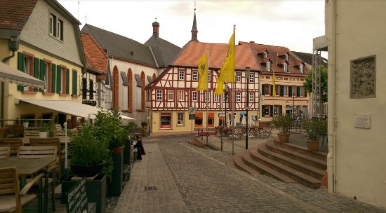 The architecture in Oppenheim