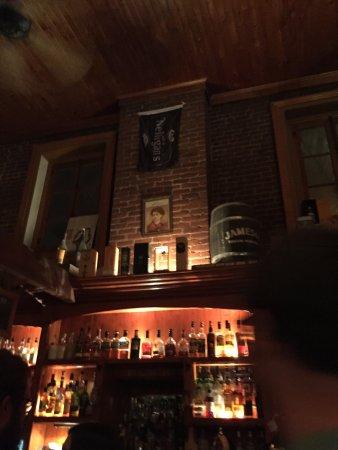 Le Pub Nelligan's