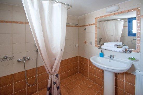 Avlemonas, Grekland: Bathroom
