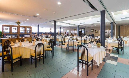 La Almunia de Doña Godina, España: Hotel Restaurante El Patio