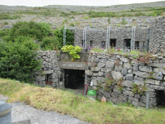 Aillwee Cave: cave entrance