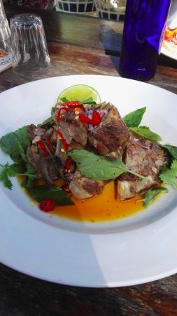 The Rising Sun Bar & Bistro : Coconut roasted spare ribs