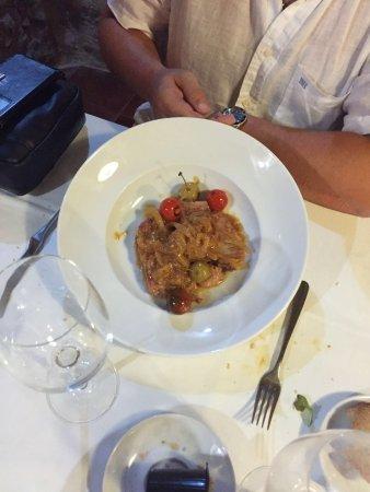Picamoixons, إسبانيا: Atún con cebolla caramelizada