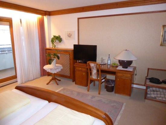 Durach, Alemania: Prachtige ruime kamer met terras