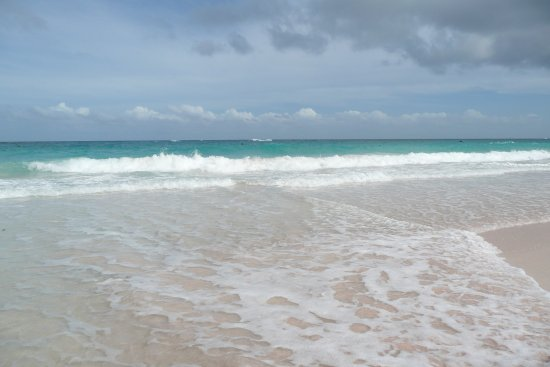 Union Hall, Barbados: Don't underestimate the strength of the waves