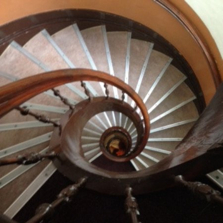 Hotel Beursstraat: Spiral Staircase!! No Lift