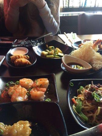 Hengelo, Países Bajos: Heerlijke gerechten bij kami sushi