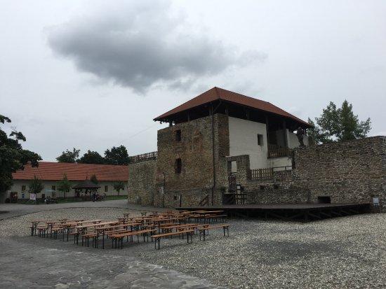 Silesian-Ostrava Castle: Dziedziniec zamku