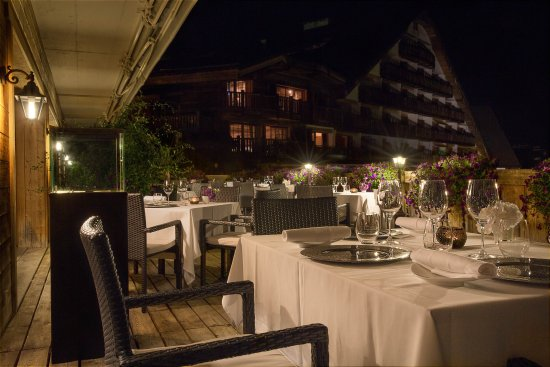 Hostellerie Du Pas De L'Ours : Terrasse