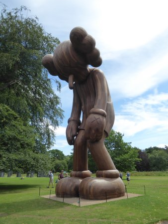 Yorkshire Sculpture Park : One of several huge wooden sculptures by renowned American artist KAWS