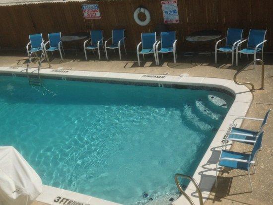 Longview, TX: Outdoor Swimming pool