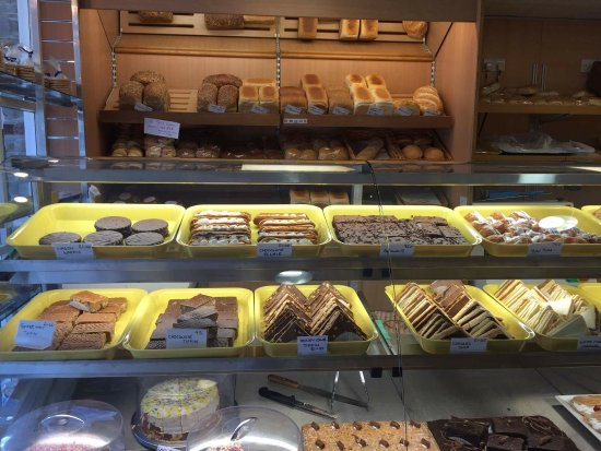 Boscastle, UK: A large selection of cakes on offer