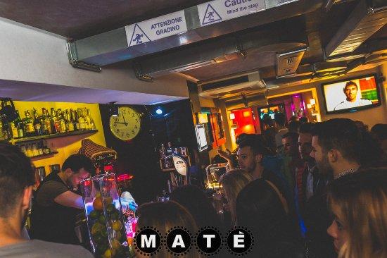 Mate Bar: Evening