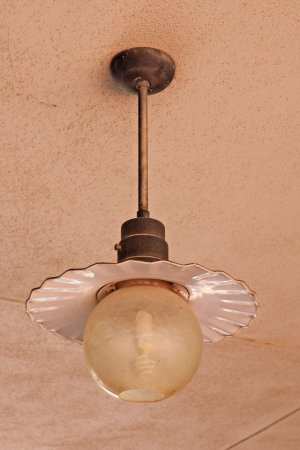 Brownwood, Teksas: 100 year old light fixture