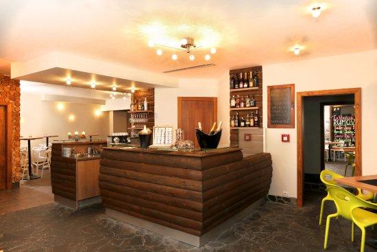 Hotel Fis Jasna: Ski bar
