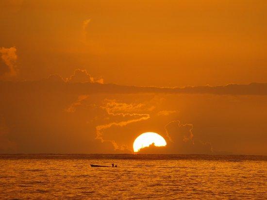 Samsara Cliffs Resort: SUNSETS